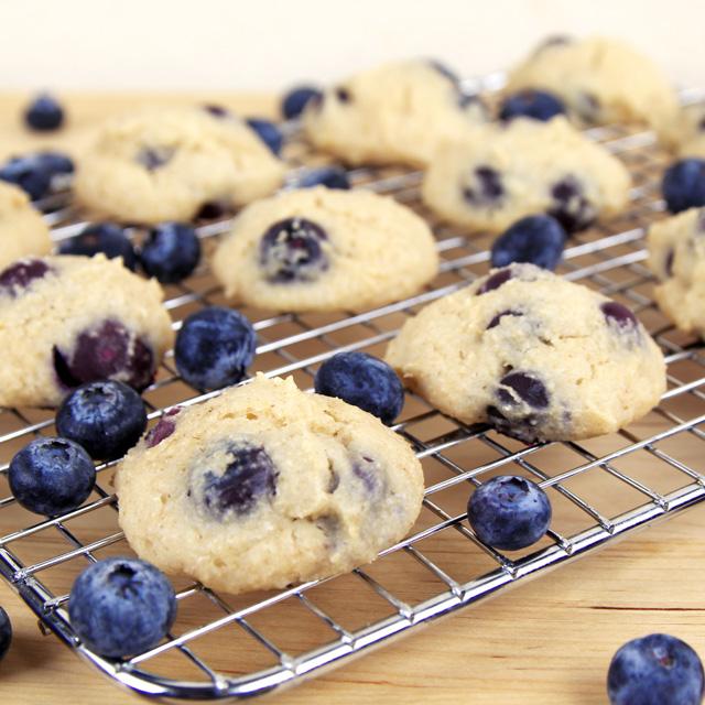 blueberry-yogurt-cookies
