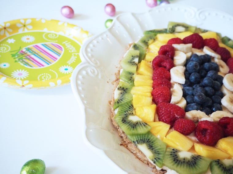 healthy oat fruit pizza