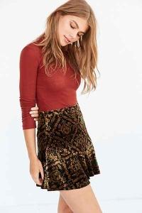 velvert-skirt-urban